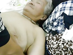 80yr superannuated Japanese Granny Pacific gets Creamed (Uncensored)